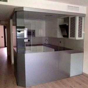acristalamiento separador cocina