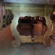 mesa madera maciza para bodega con patas diseño propio