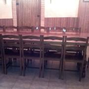 mesa y sillas para bodega gran tamaño