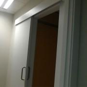 puerta corredera de carril exterior