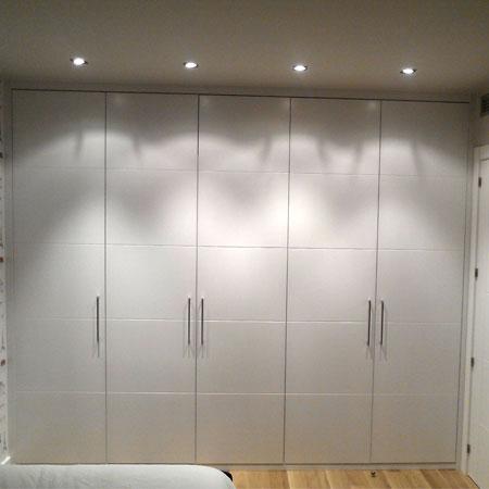 armario frente lacado a juego de puertas