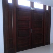 puerta doble con fijos