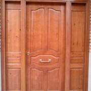 puerta con fijos ciegos