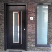 puerta exterior lacada