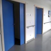 puerta melamina azul