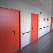 puerta melamina naranja