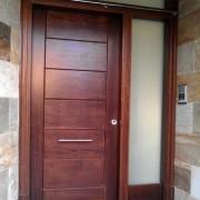 puerta con panel horizontal