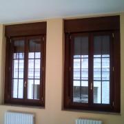 ventana fabricada en iroco